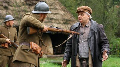 1920. Wojna i miłość, odc. 9 – Do broni