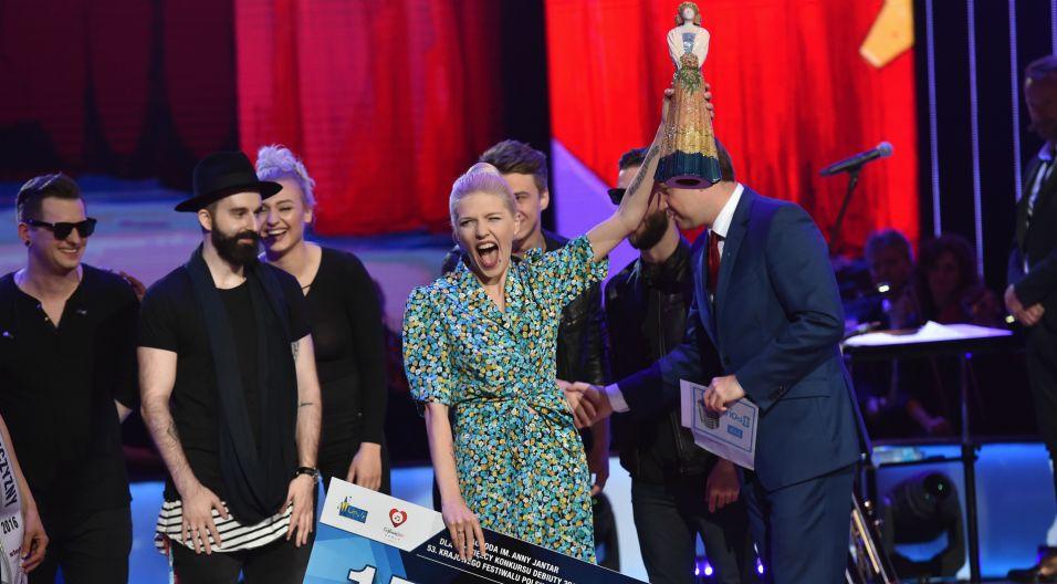 Karolinkę oraz Nagrodę Polskiego Radia zdobyła  Daria Zawiałow (fot. Ireneusz Sobieszczuk)