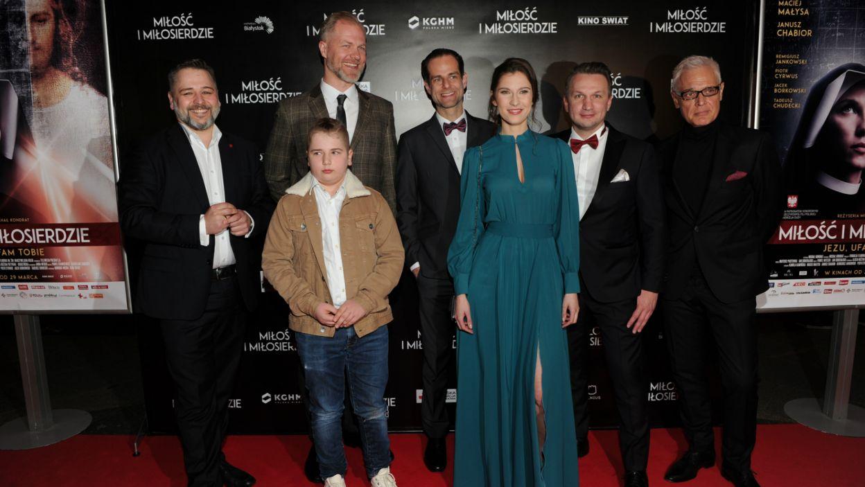 """W warszawskiej """"Kinotece"""" odbyła się uroczysta premiera filmu """"Miłość i Miłosierdzie"""" (fot. N. Młudzik/TVP)"""