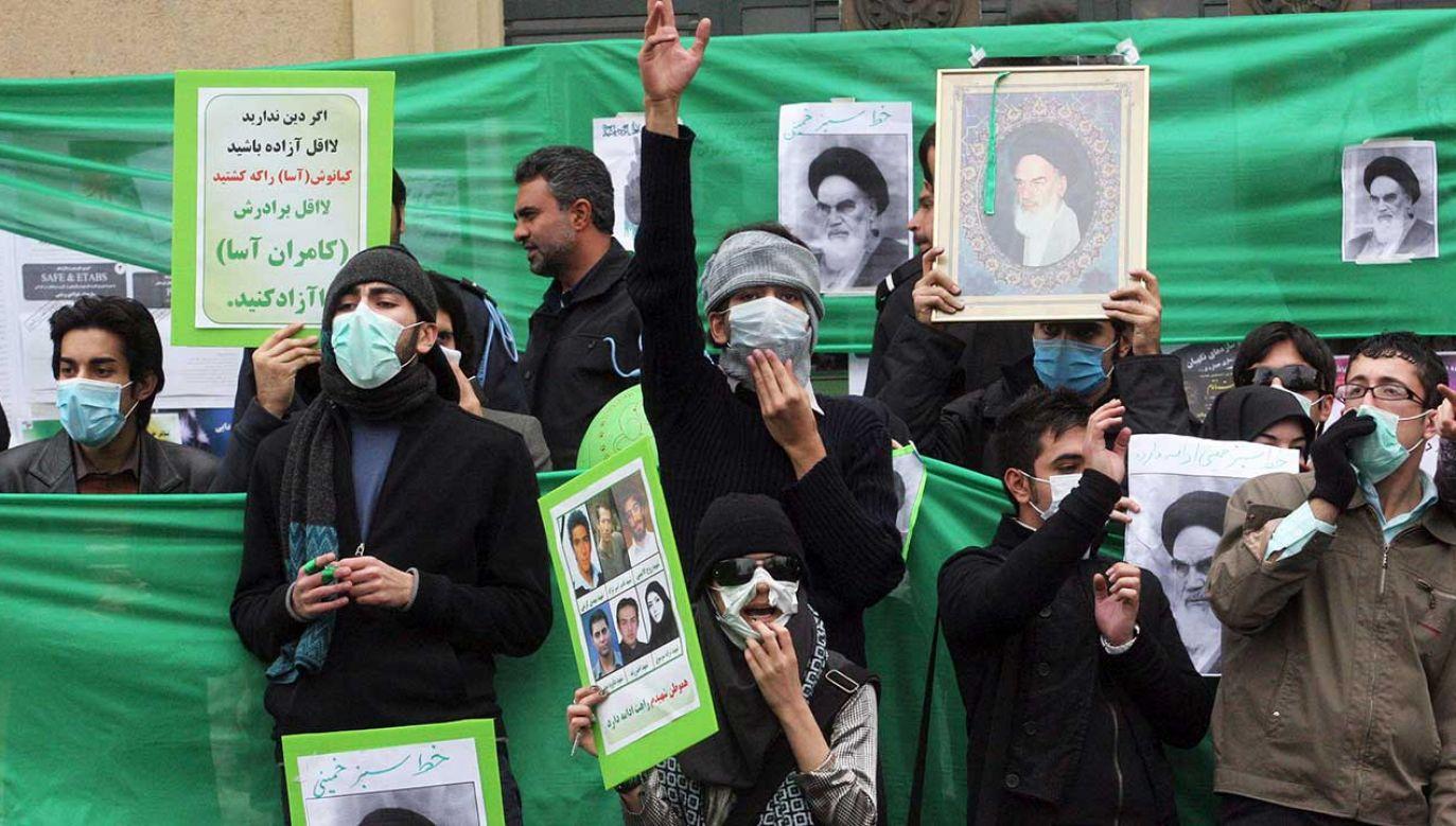 Doszło wówczas do największego buntu przeciwko władzy w 40-letniej obecnie historii Republiki Islamskiej (fot. REUTERS/via Your View)