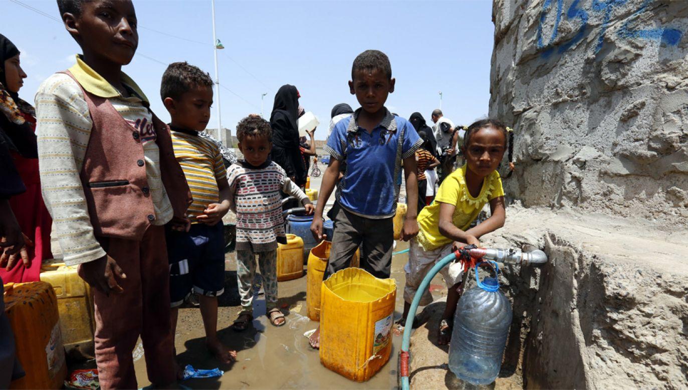 W 30-milionowym Jemenie co czwarty mieszkaniec cierpi głód (fot. PAP/EPA/YAHYA ARHAB)