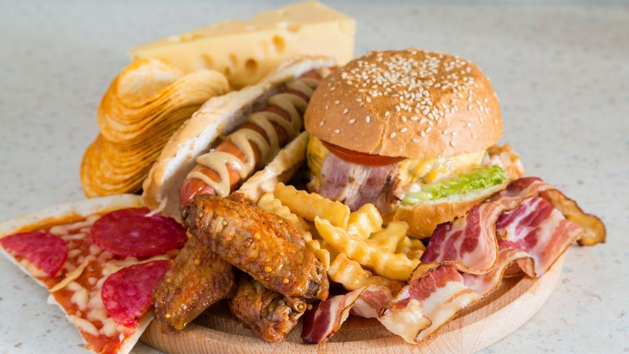 Powszechnie wiadomo, że otyłość wiąże się z rozwojem wielu chorób (fot. Shutterstock)