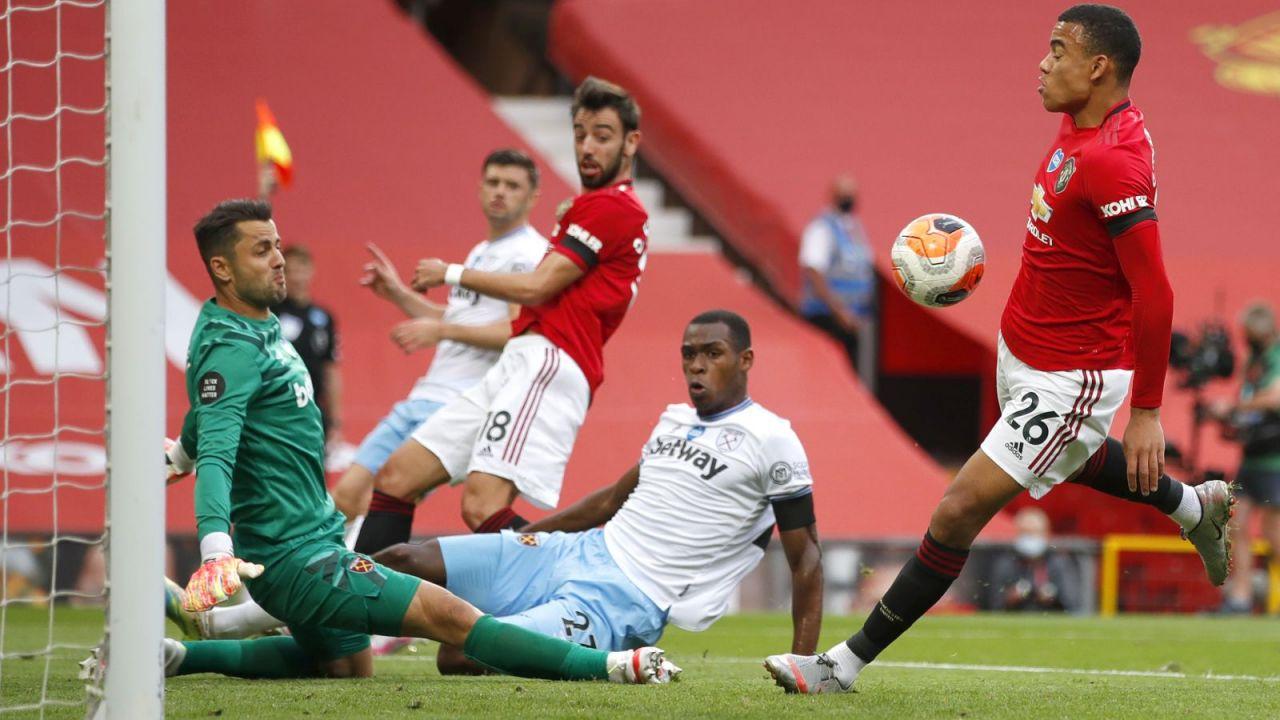 Premier League: Manchester United vs. West Ham United 1:1. Łukasz Fabiański zagrał dobry mecz