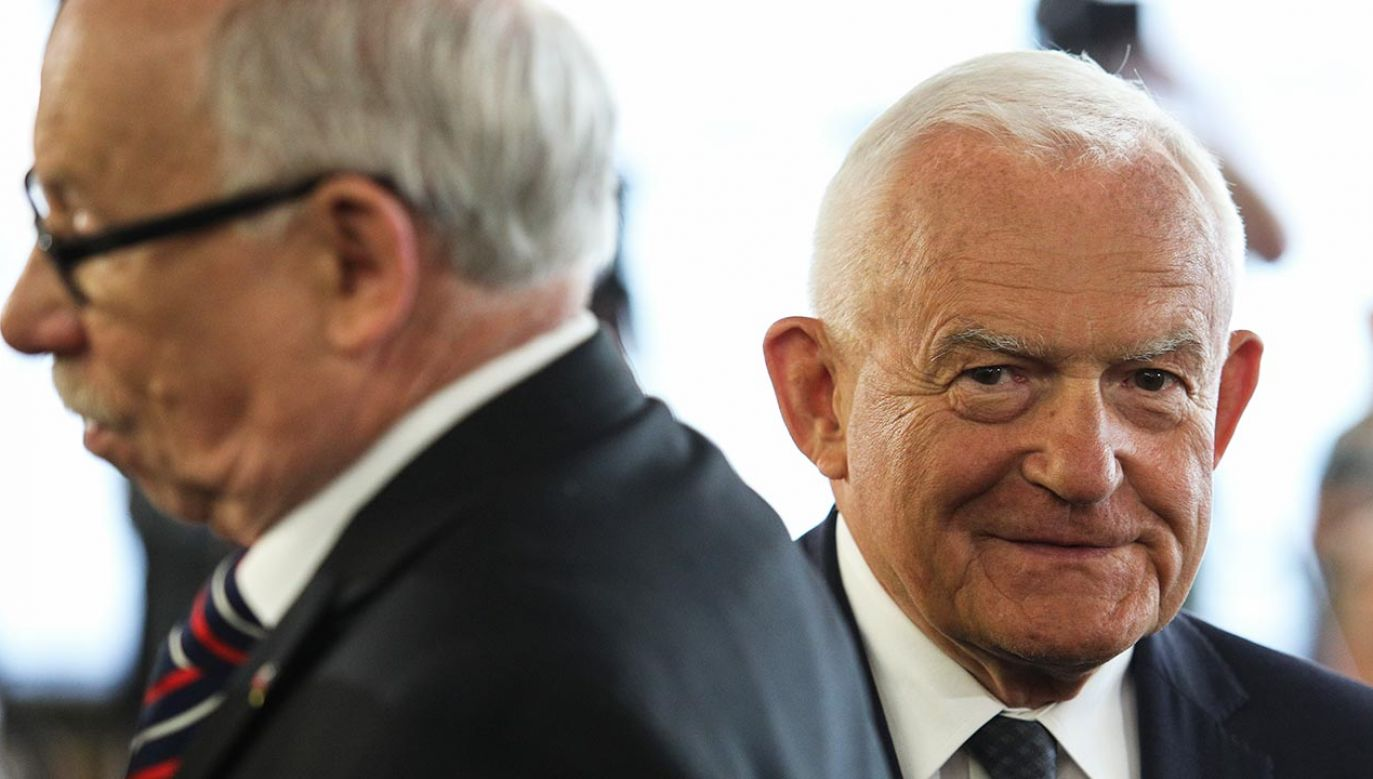 Europoseł SLD Leszek Miller (fot. Forum/Andrzej Hulimka)