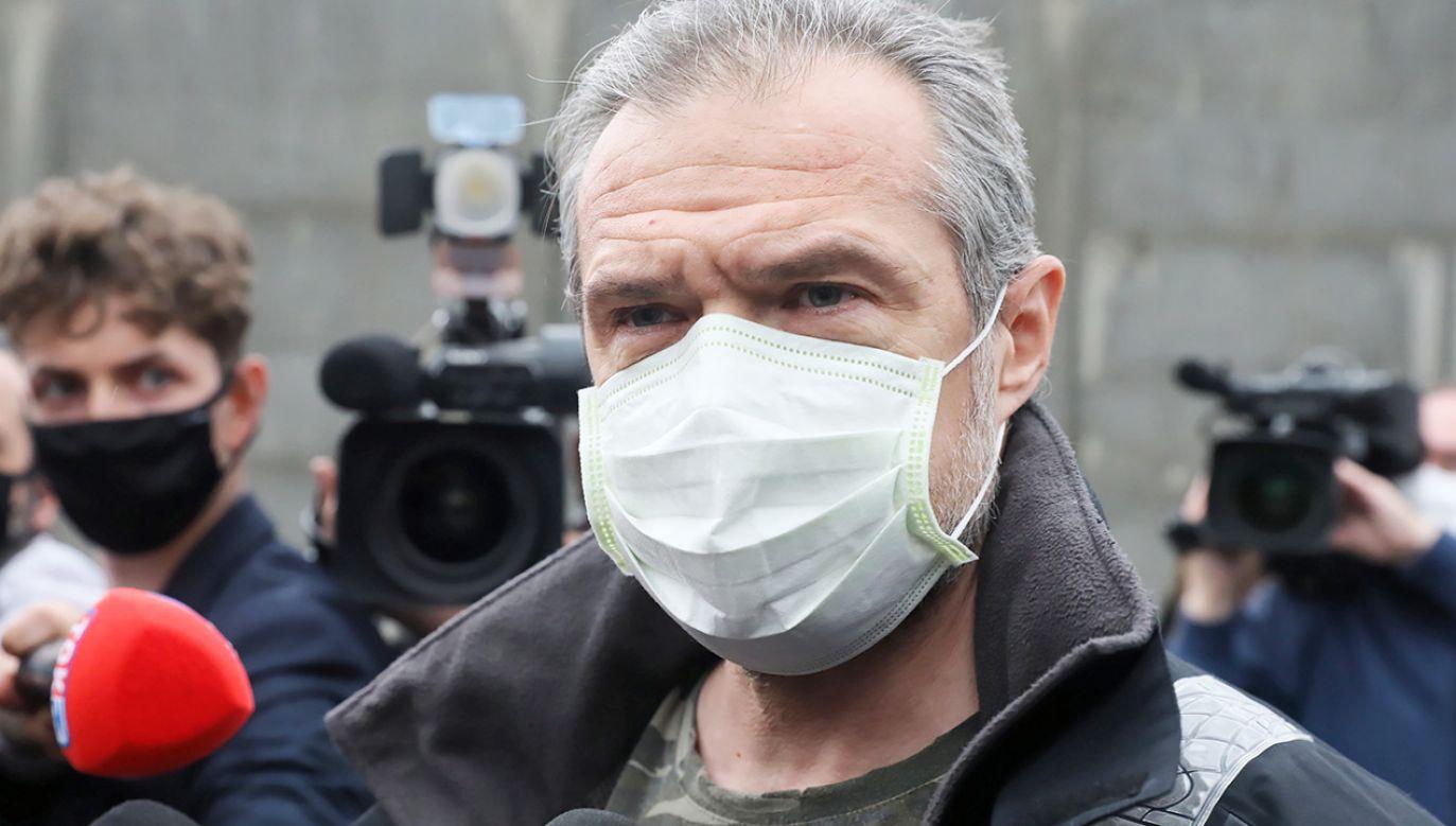 Były minister w rządzie PO-PSL Slawomir Nowak po wyjściu z aresztu (fot. PAP/Tomasz Gzell)