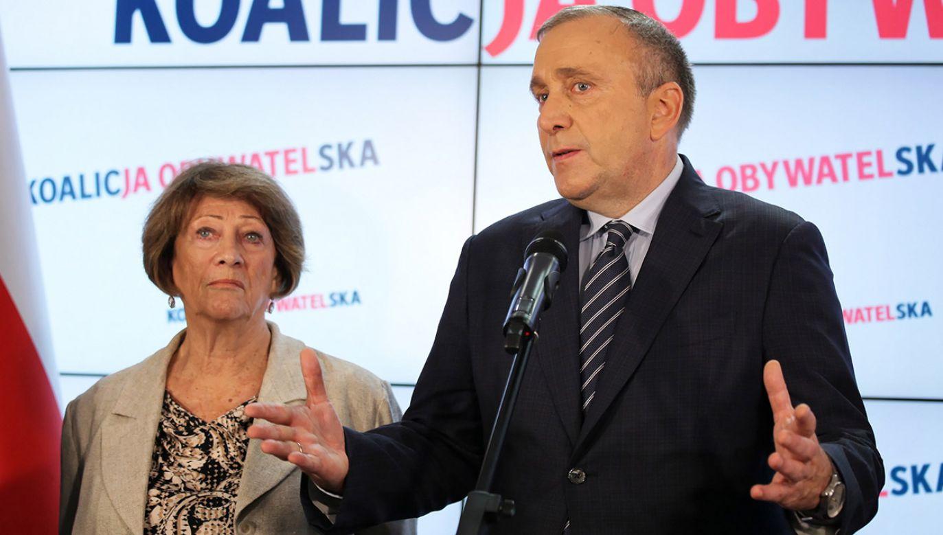 """Grzegorz Schetyna chce """"zrobić wszystko"""", by odbyła się międzynarodowa kontrola liczenia głosów w Polsce (fot. PAP/Mateusz Marek)"""