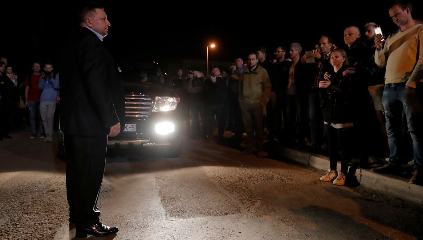 Wiceminister Barsukau obiecał, że do 6 rano wszyscy zatrzymani opuszczą areszt (fot. Reuters/Vasily Fedosenko)