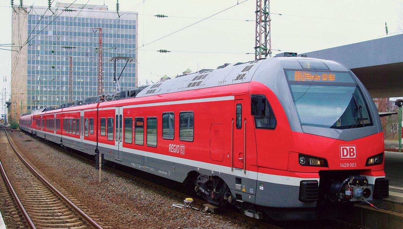 Kobieta zdążyła na pociąg, ale z mężem daleko nie ujechali (fot. Wiki 4.0/IPRobin)