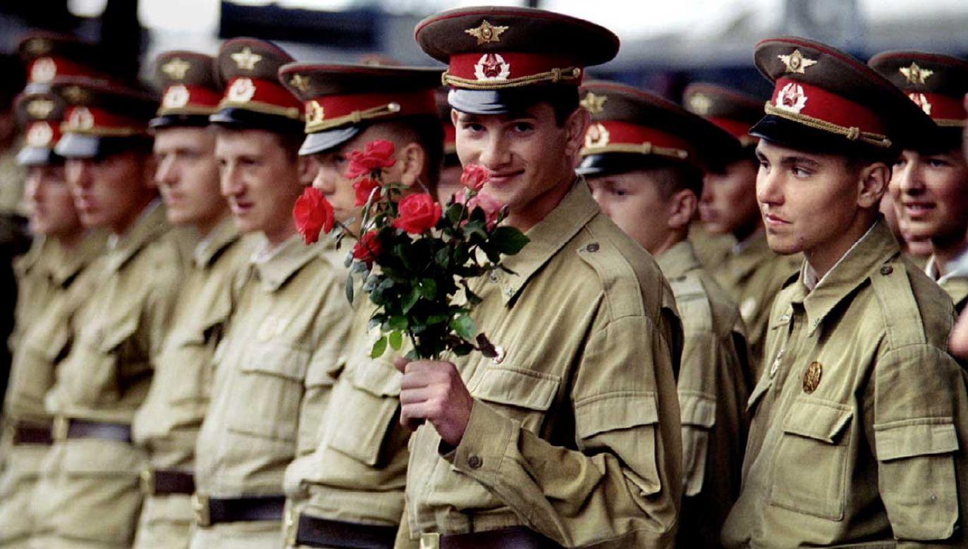 Armia Czerwona to wyzwoliciele Polski – powiedziało się całkiem niedawno Włodzimierzowi Czarzastemu (fot. REUTERS/Reinhard Krause)