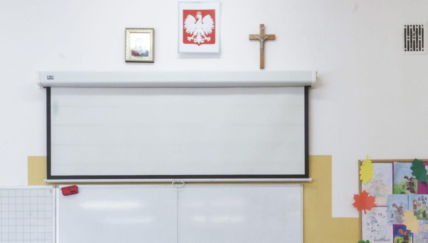 Do zdarzenia doszło w komisji obwodowej nr 283 w Warszawie (fot. PAP/Marcin Onufryjuk)