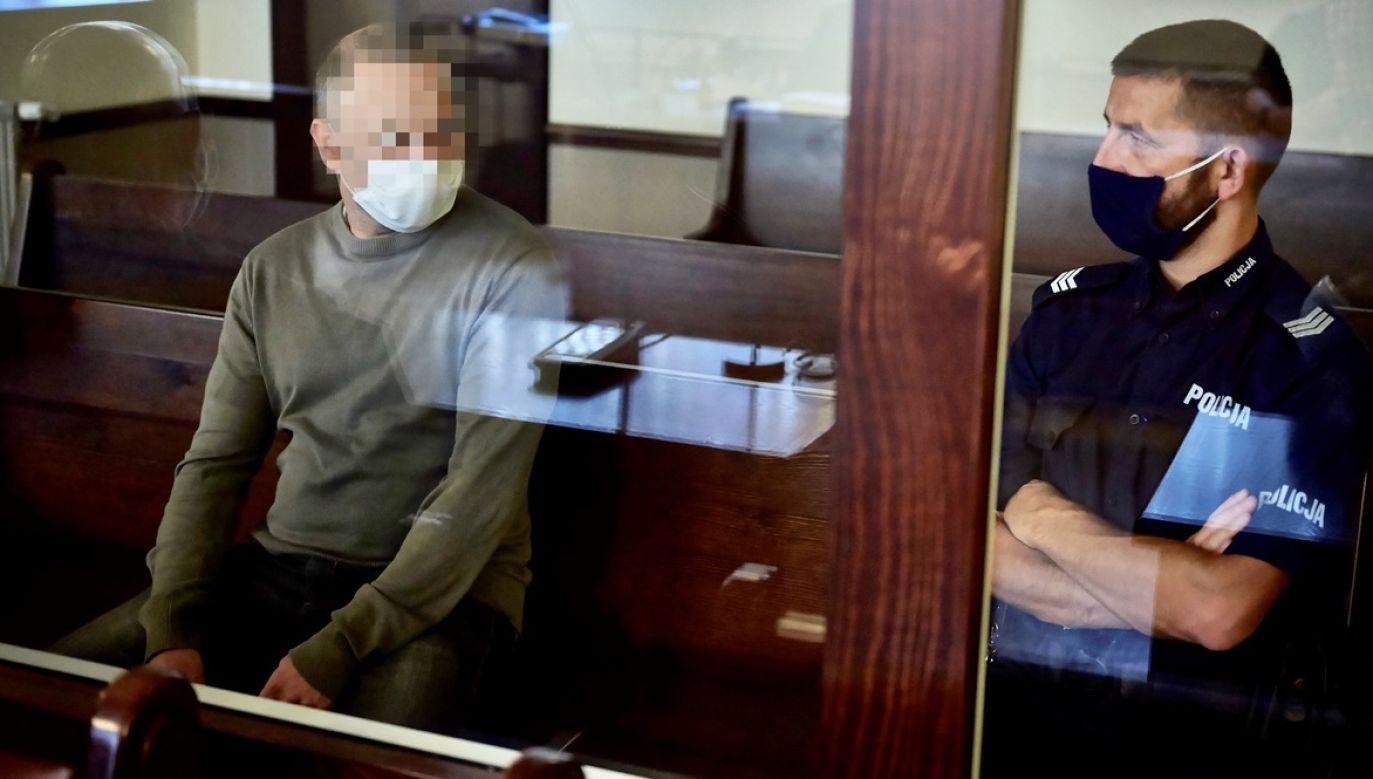 Oskarżony Daniel M. (L) podczas ogłoszenia wyroku w Sądzie Apelacyjnym w Gdańsku (fot. PAP/Adam Warżawa)