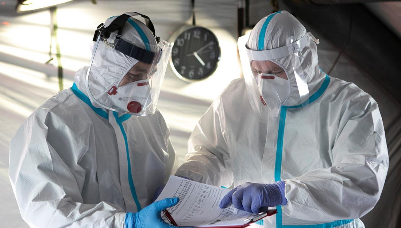 Raport o epidemii w Polsce (fot. Jacek Szydlowski/NurPhoto via Getty Images)