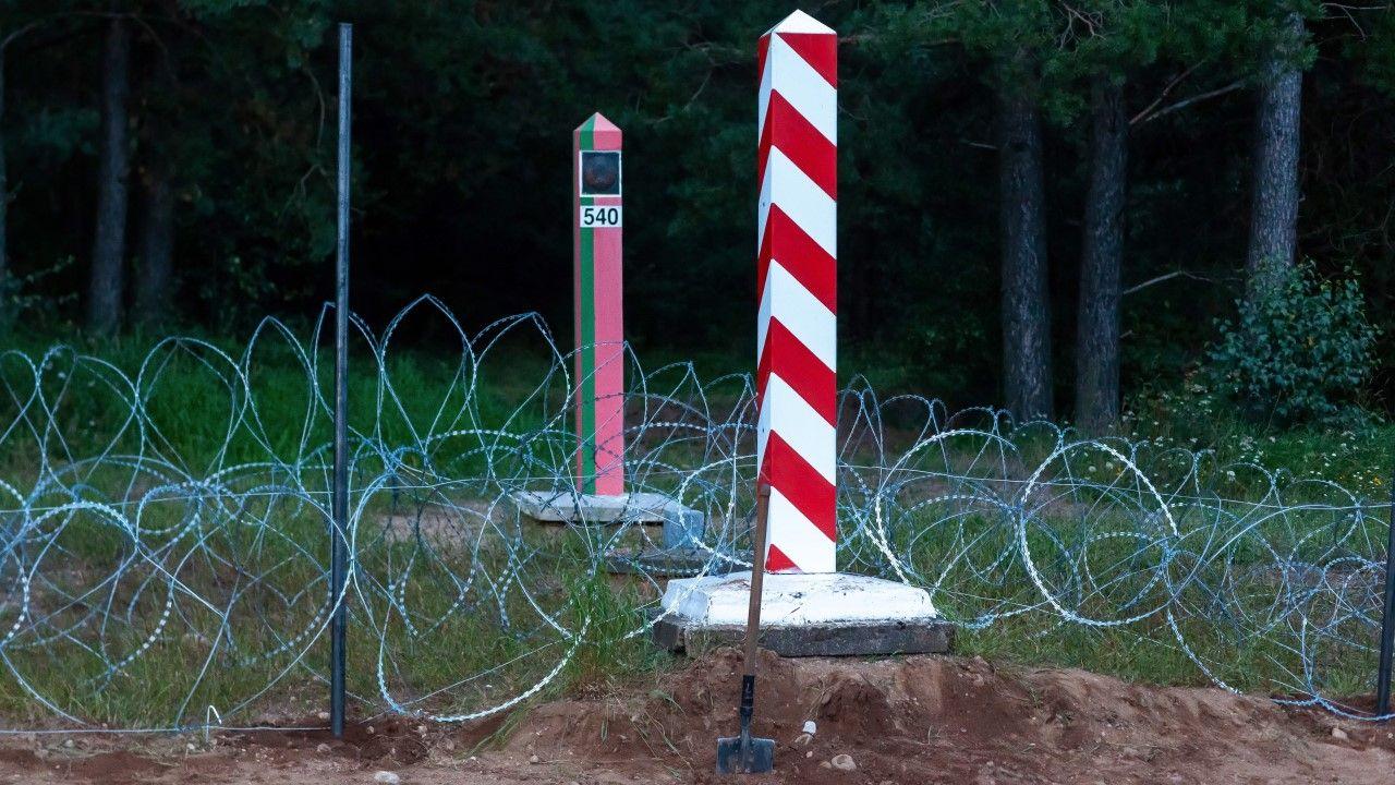 Projekt zakłada znaczącą rozbudowę instalacji i zabezpieczeń na granicy z Białorusią (fot. arch. PAP/Marcin Onufryjuk)