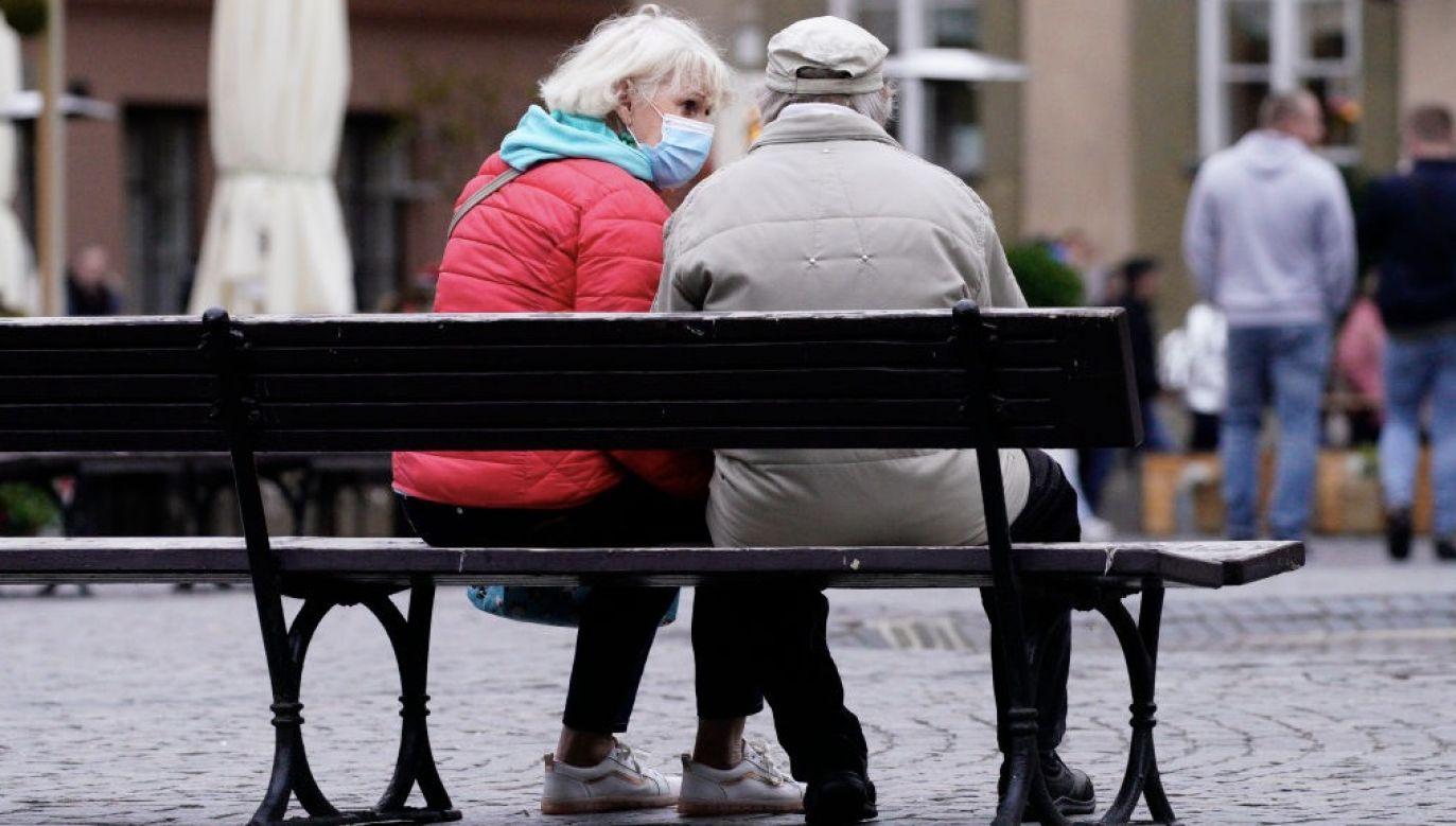 Miliony emerytów drżą w obawie przed tragicznymi skutkami koronawirusa (fot. Jaap Arriens/NurPhoto via Getty Images)