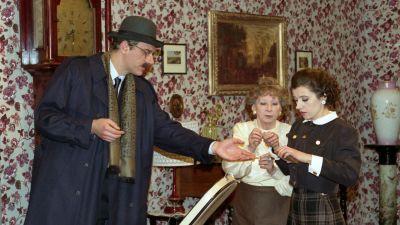 Upiór w kuchni (1993), 5 kwietnia, godz. 22.20