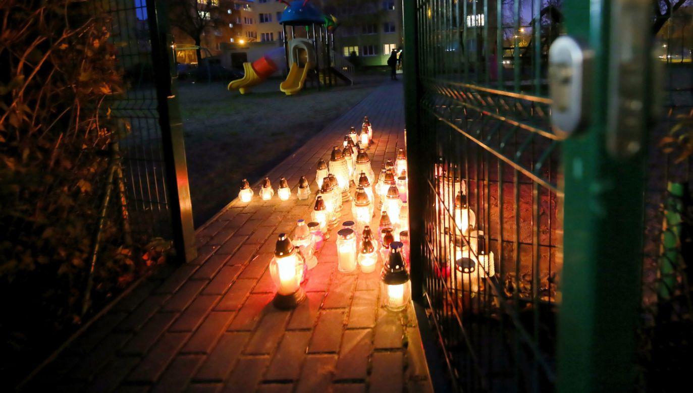 Zgromadzenie miało związek ze śmiercią 21-latka postrzelonego przez policjanta (fot. PAP/Tomasz Wojtasik)