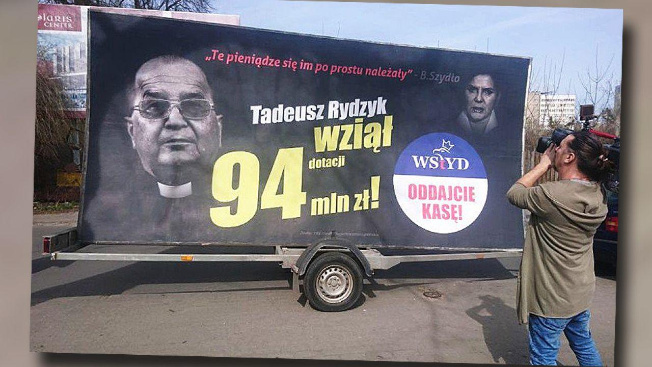 Dyrektor Radia Maryja o. Tadeusz Rydzyk dowodzi, że jest obiektem ataków (fot. TT/Skrybik)
