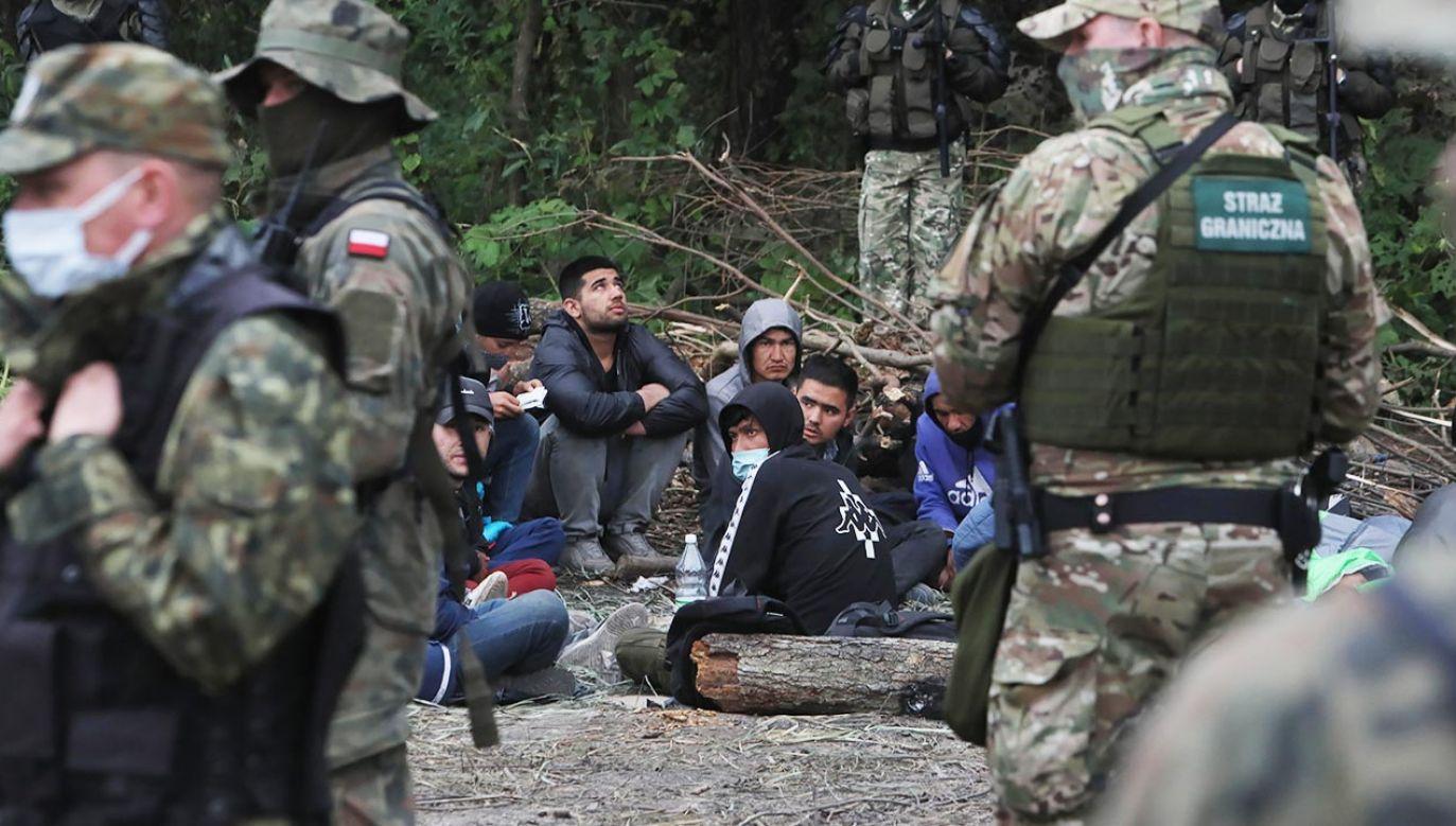 W TVP Info o sytuacji na wschodniej granicy (fot. PAP/Artur Reszko)