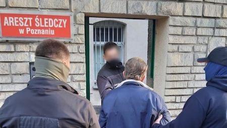53-latek jeszcze tego samego dnia trafił do aresztu śledczego (fot. KMP w Poznaniu)