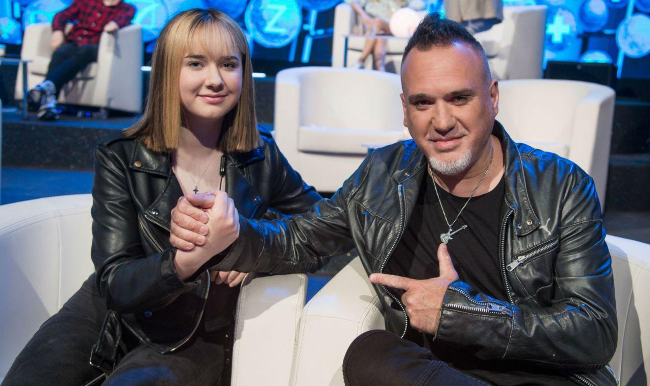 Szymon Wydra z córką Simoną, ósmoklasistką (fot. Jan Bogacz/TVP)