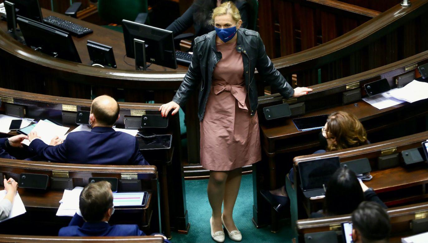 Grupa parlamentarzystów PO i KO przygotowała list otwarty do swych kolegów partyjnych i klubowych (fot. PAP/Rafał Guz)