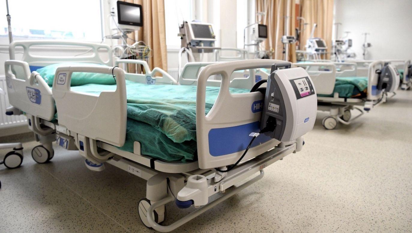 Szpital MSWiA w Rzeszowie,  W nowym skrzydle tej placówki przygotowano łóżka dla pacjentów z Covid-19 (fot. PAP/Darek Delmanowicz)