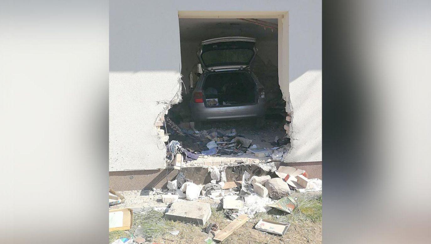 Policja nie ustaliła przyczyn wypadku (fot. Twitter/Policja Mazowsze)
