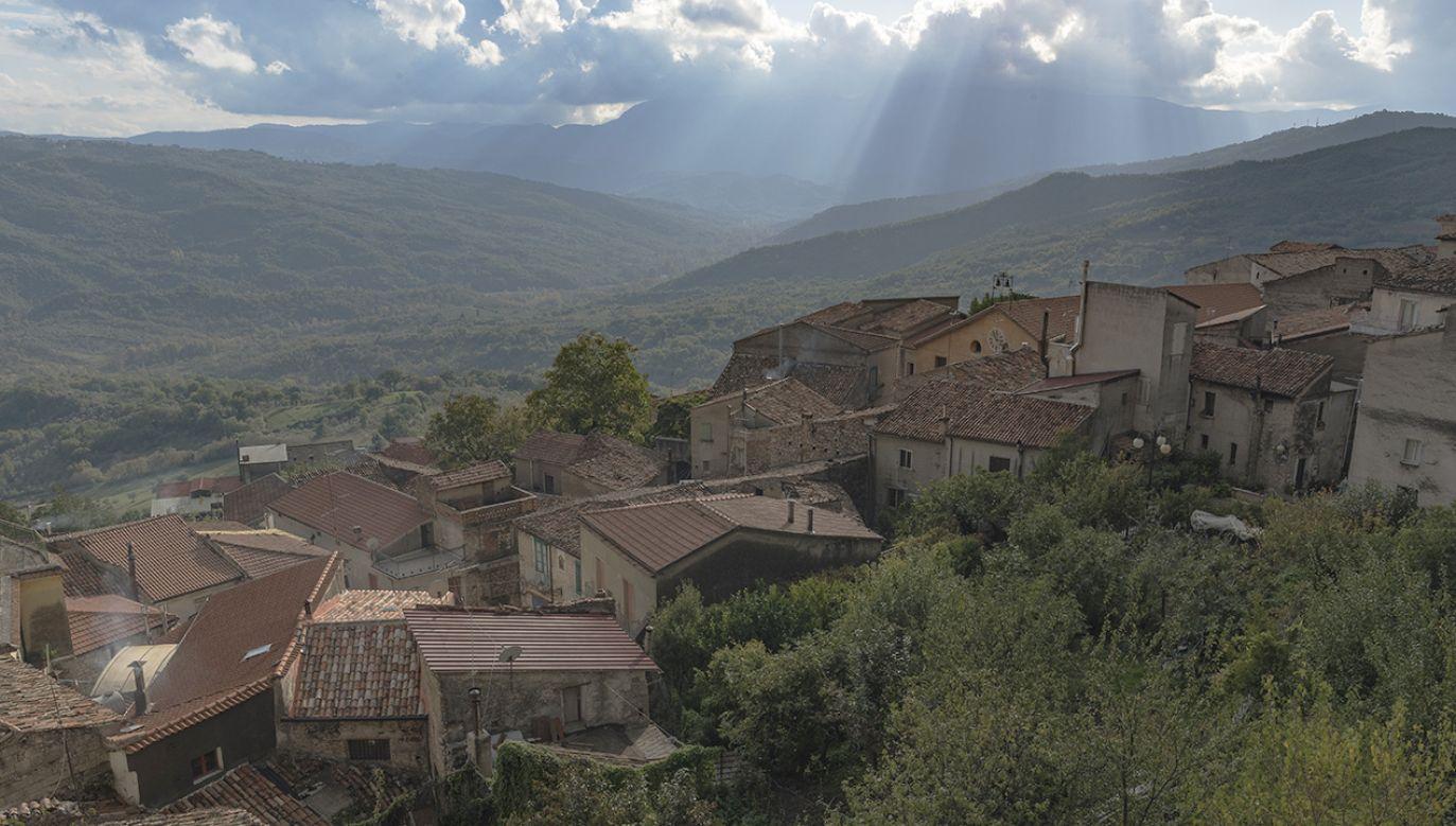 Starożytna wioska w rejonie Cilento we Włoszech (fot. Shutterstock/Gerardo Iannone)