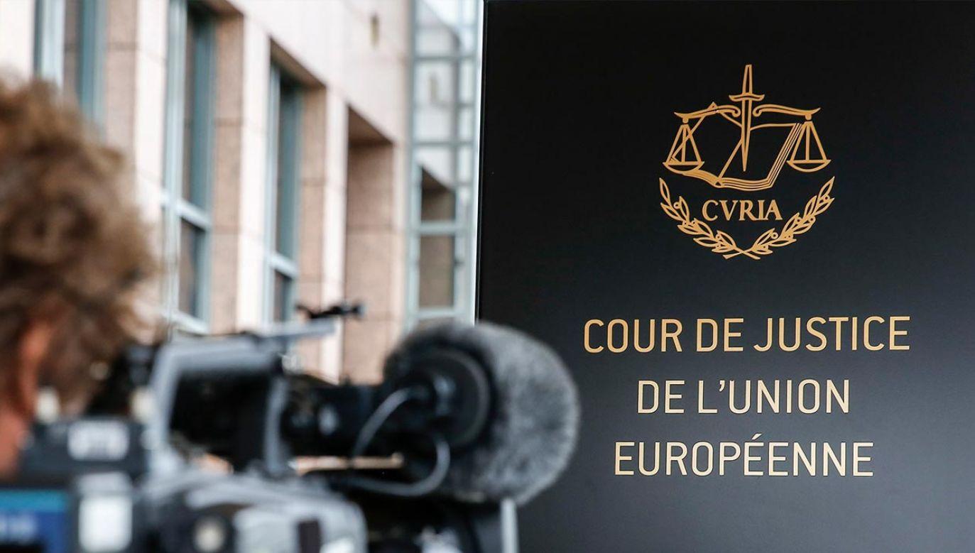 Niemiecki dziennikarz o kontrowersyjnych decyzjach TSUE (fot. PAP/EPA/JULIEN WARNAND)