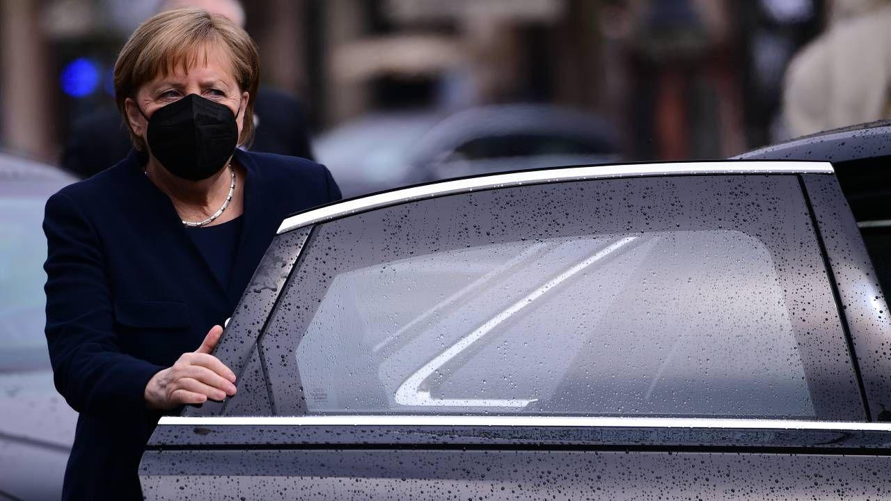 Angela Merkel broni projektu Nord Stream 2 (fot. PAP/EPA/CLEMENS BILAN)