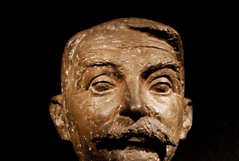 Popiersie barona Pierre de Coubertina - pomysłodawcy pięcioboju nowoczesnego (fot. PAP)
