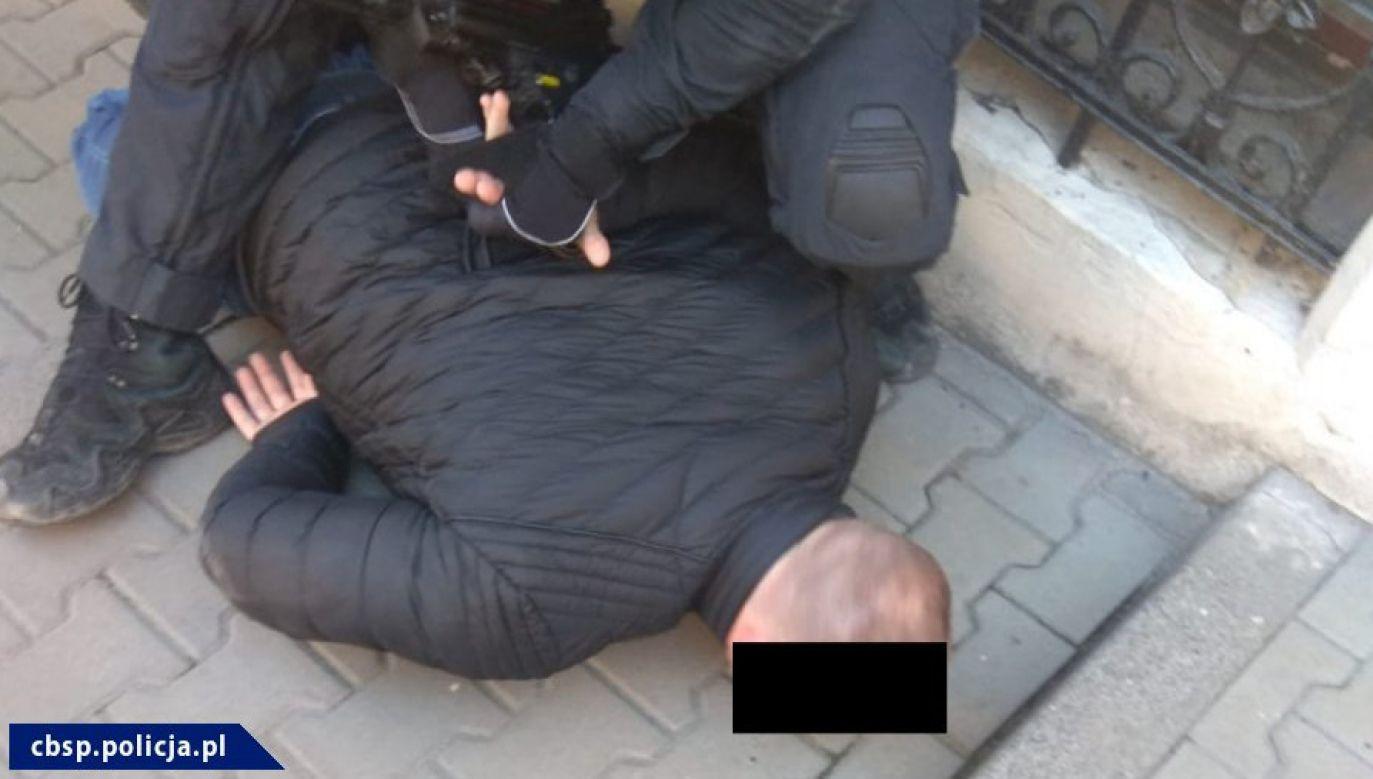 Funkcjonariusze CBŚP zatrzymali 37-letniego Patryka H., podejrzanego o to pobicie  (fot. cbśp, zdjęcie ilustracyjne)