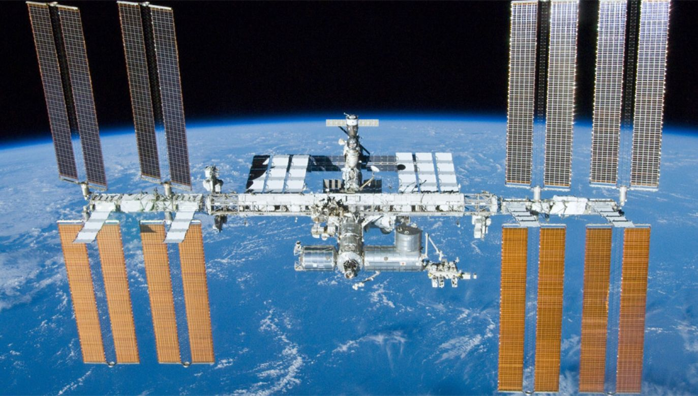 Kamery HD są umieszczone na zewnątrz stacji kosmicznej w specjalnej obudowie (fot. NASA)