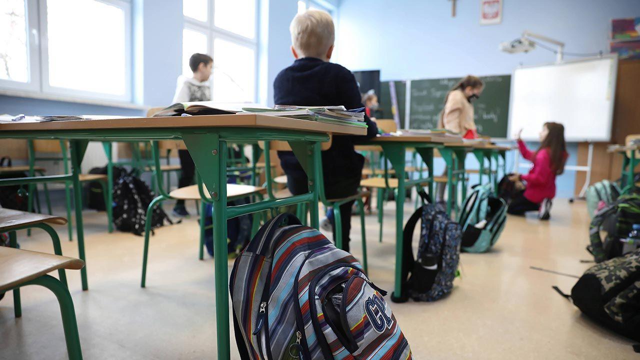 Dziś całkowicie kończy się szkolny lockdown (fot.  PAP/Leszek Szymański)