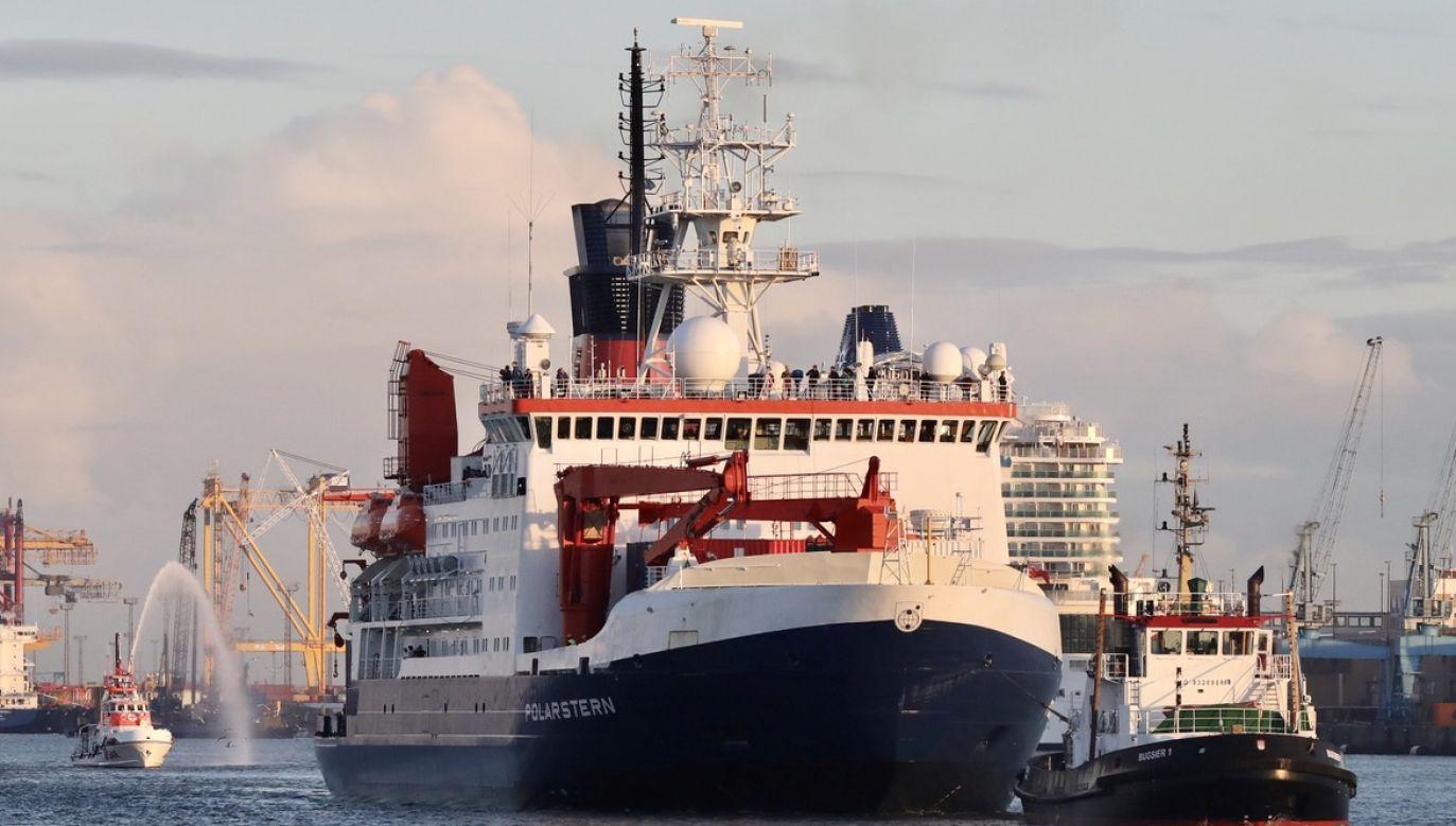 W wyprawie wzięło udział ponad 300 naukowców z 20 krajów (fot. PAP/EPA/FOCKE STRANGMANN)