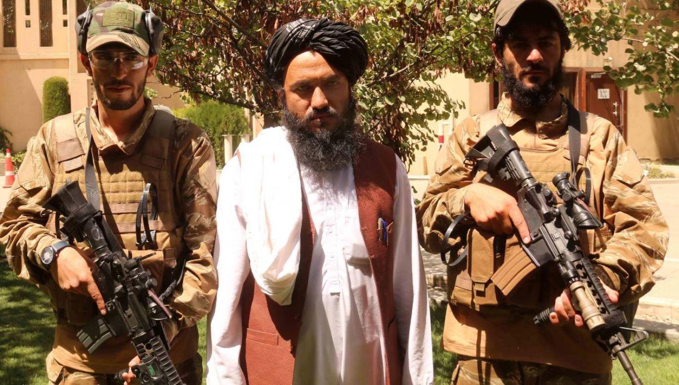 Talibowie przejęli kontrolę nad Afganistanem (fot. PAP/EPA/AKHTER GULFAM)