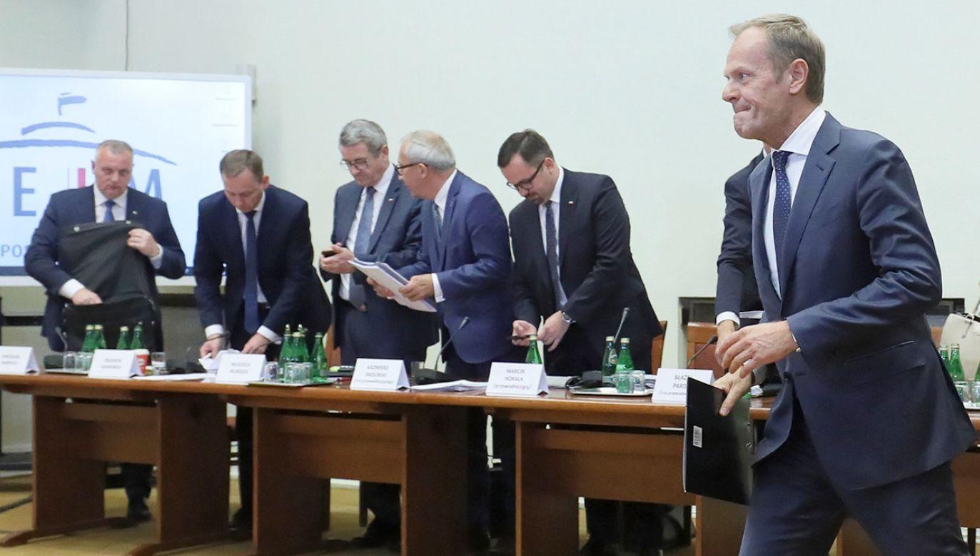 Marcin Horała poinformował, że nie będzie przerywał Tuskowi nawet wtedy kiedy będzie mówił nie na temat lub będzie zabierał głos niepytany (fot. PAP/Paweł Supernak)