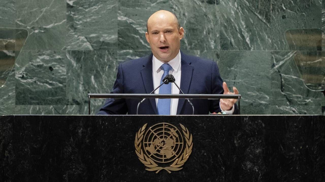 Izraelski premier Naftali Benet wystąpił na forum Zgromadzenia Ogólnego ONZ (fot. PAP/EPA/JOHN MINCHILLO / POOL)