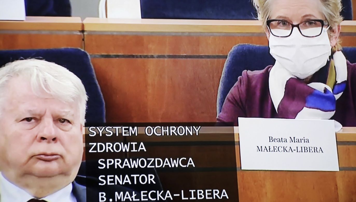 Posiedzenie Senatu ma zostać wznowione o godz. 23 (fot. PAP/Wojciech Olkuśnik)