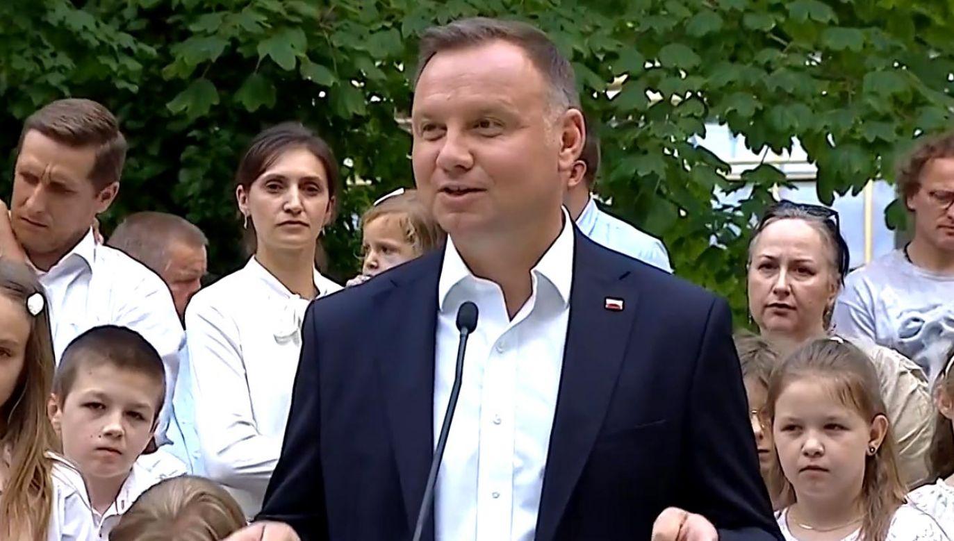 Andrzej Duda konsultował projekt zmian ustawy oświatowej z rodzicami (fot. TVP Info)