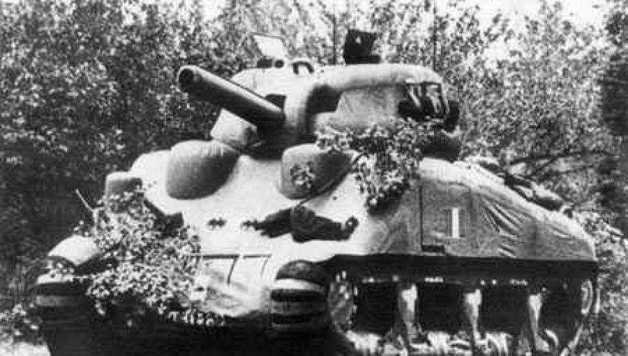 Gumowy model czołgu M4 Sherman (fot. Domena publiczna)