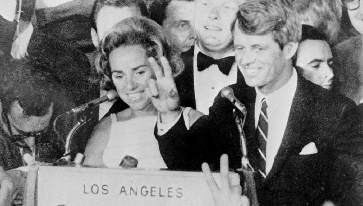Kandydat na Prezydenta USA Robert F. Kannedy kilka chwil przed zamachem (fot. arch. PAP/Photoshot)
