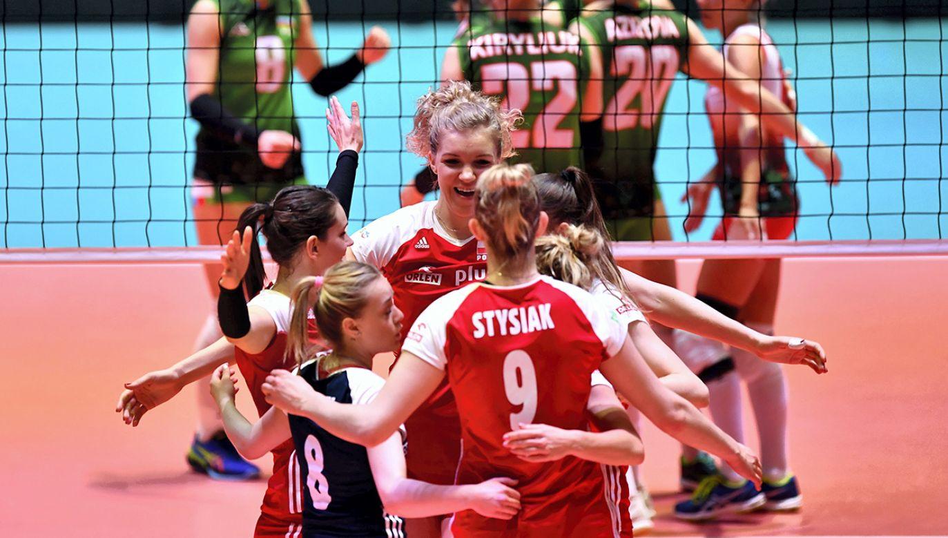 Uśmiech towarzyszy polskim siatkarkom od początku turnieju kwalifikacyjnego w Niderlandach (fot. PAP/Maciej Kulczyński)