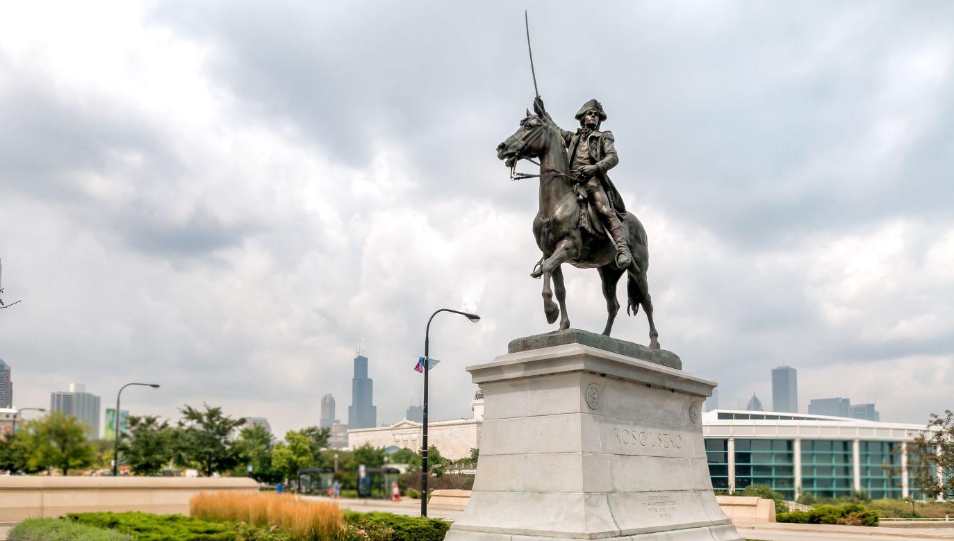 The Tadeusz Kościuszko Monument in Chicago, Illinois, USA. Photo: elesi/Shutterstock