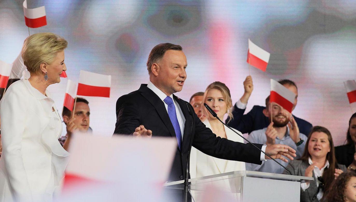 Frekwencja w drugiej turze wyborów prezydenckich wyniosła 68,9 proc. (fot. PAP/Leszek Szymański)