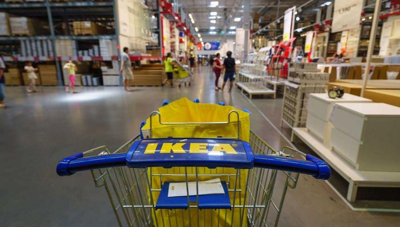IKEA zapowiedziała kontrolę łańcucha dostaw (fot. Shutterstock/Tooykrub)