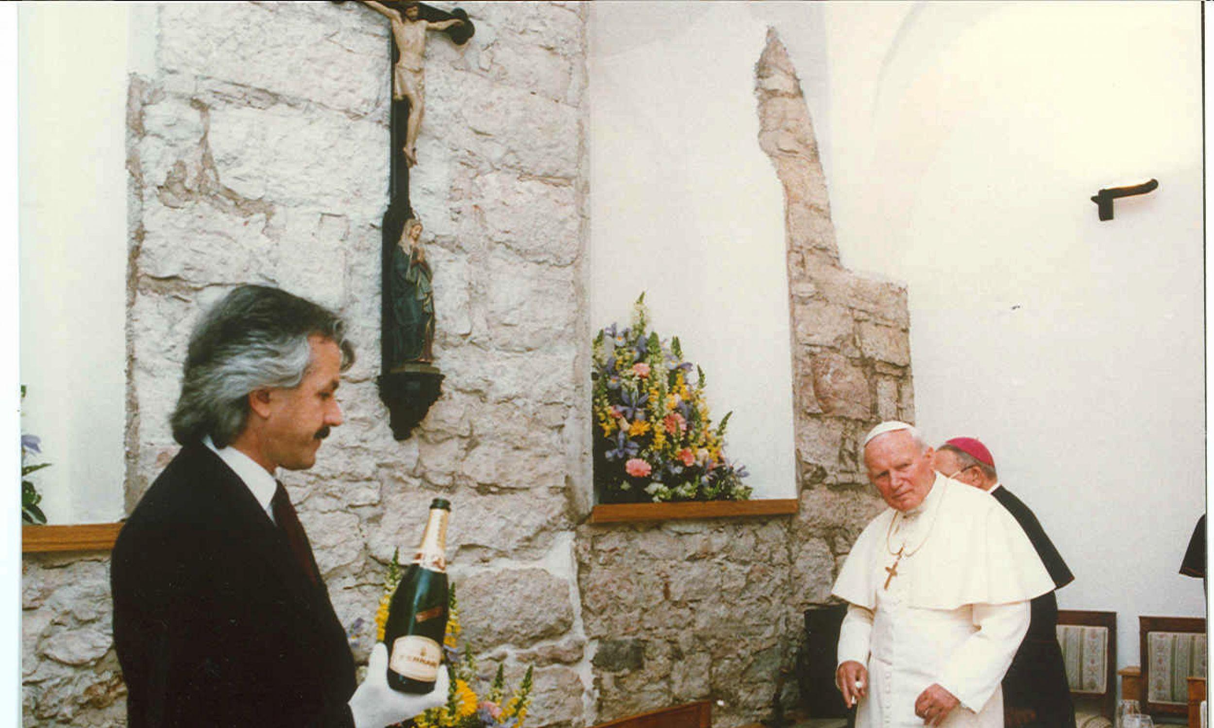Kolacja wydawana dla Jana Pawła II. Fot. Gruppo Lunelli