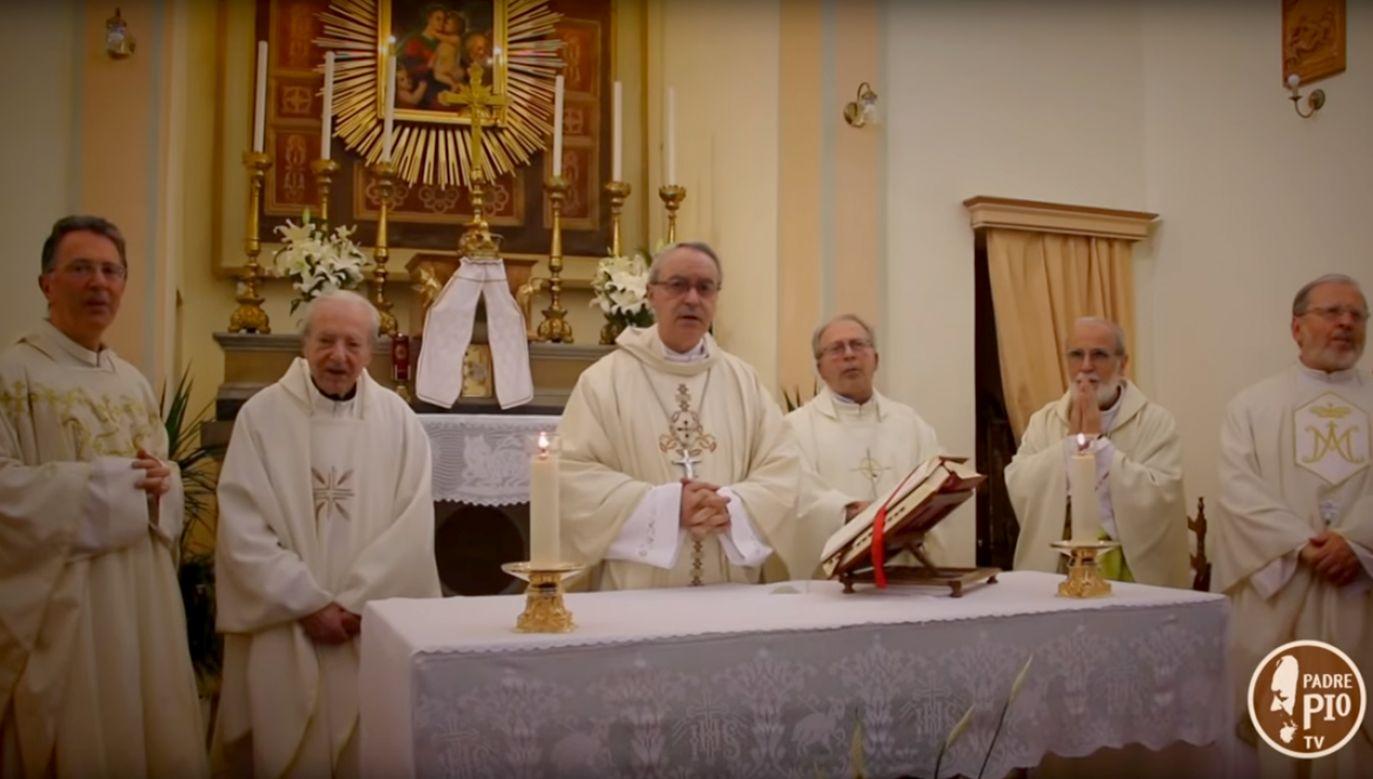 Mszę z okazji jubileuszu proboszcza odprawi biskup Francesco Lambiasi (fot. YT/PadrePio tv)