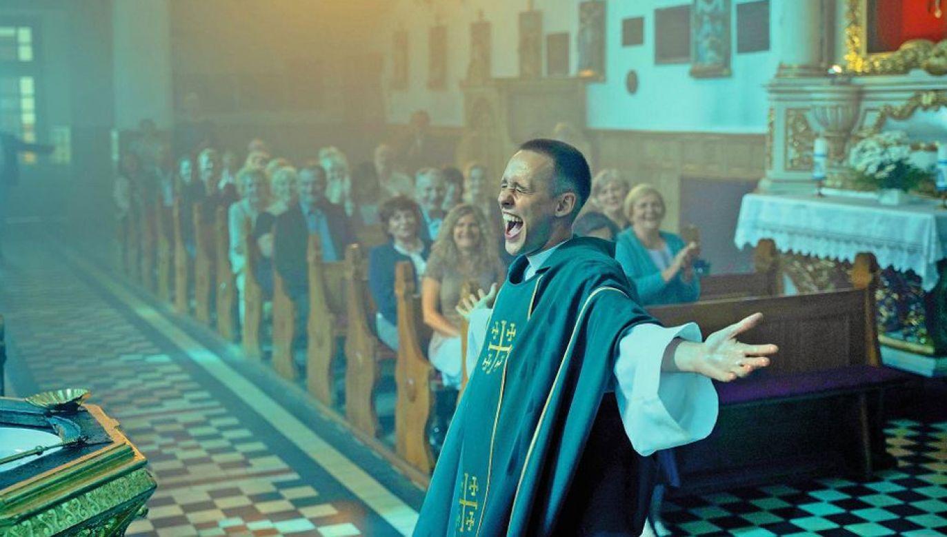 """Główną role w filmie """"Boże Ciało"""" zagrał Bartosz Bielenia (fot. mat.pras.)"""