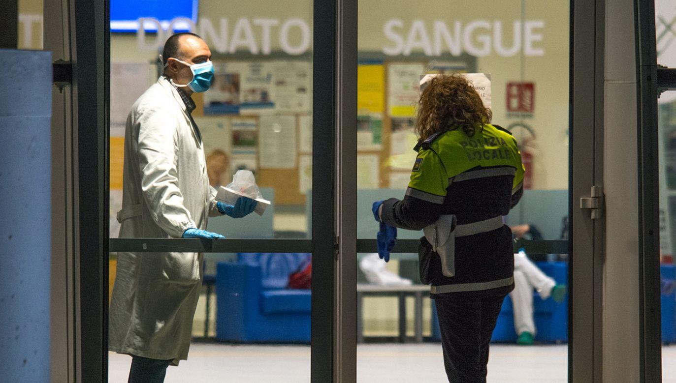 W całych Włoszech stwierdzono już prawie 200 przypadków zachorowań (fot. Massimo Bertolini/NurPhoto via Getty Images)